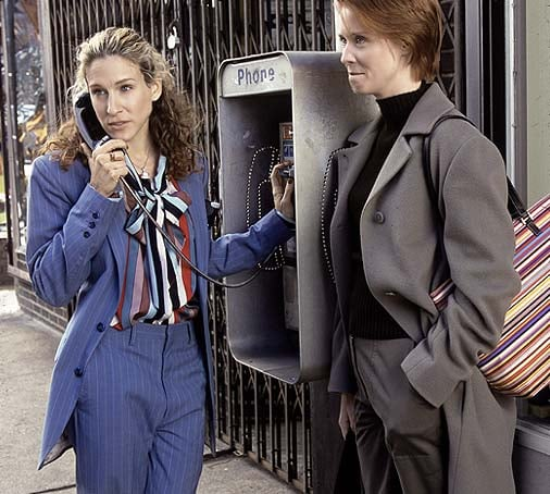 Carrie Bradshaw retro suited look