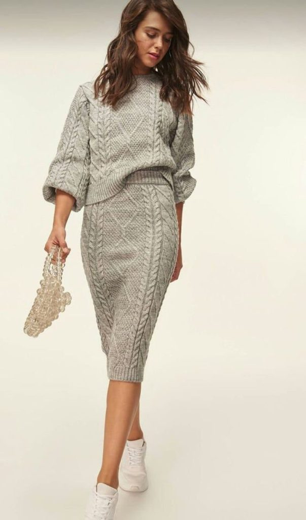 knitted-skirt-suit