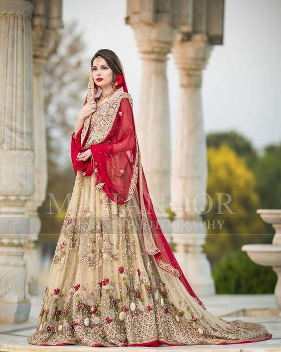 gold-and-red-bridal-outfit