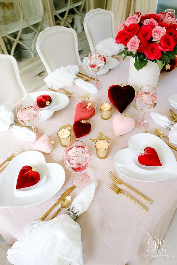 Queen of Hearts Valentine's Day Table