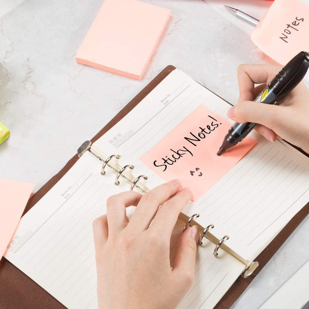 Sticky-notes-christmas-gifts